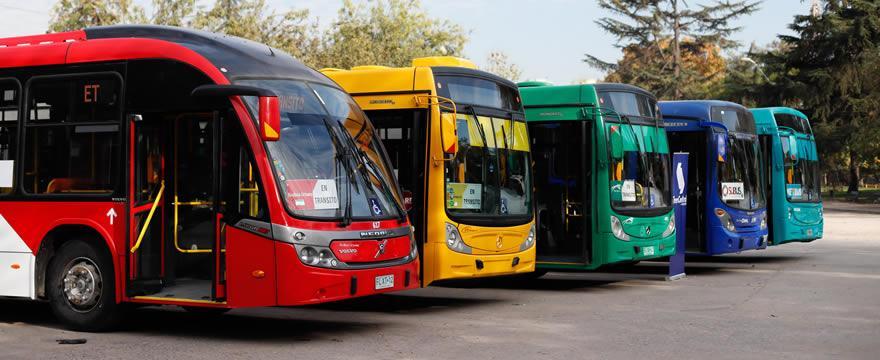 Alzas en el transporte público